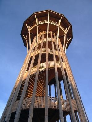 torre madera.jpg
